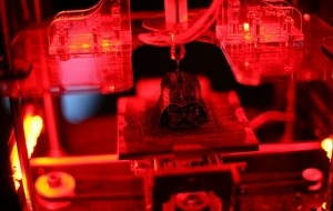 MakerBot imprime cabeça do Darth Vader